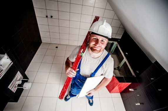 Travaux toiture : comment trouver un dépanneur rapidement ?