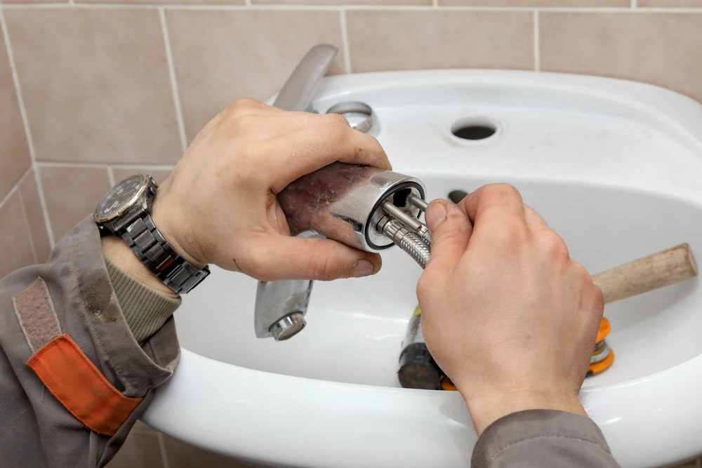 how to change a bathroom basin tap