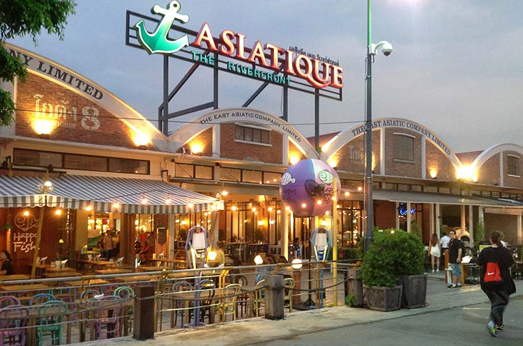 Asiatique The Riverfront Shopping Dining Entertainment