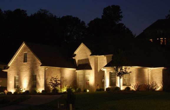 use uplights outdoor lighting