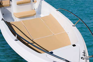 boat rental without licence 4 8 m 6 hp 5 person