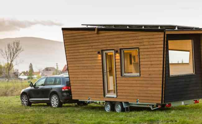 Tiny House Vs Efficiency Apartment Which Is Better For