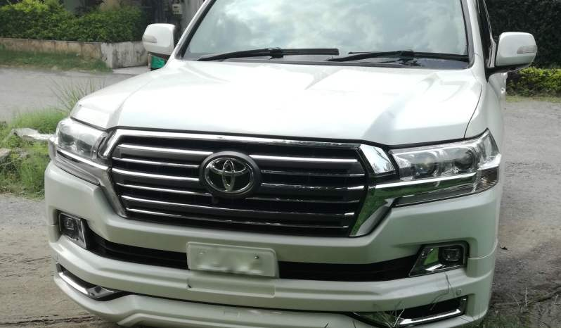 Toyota Land Cruiser ZX V8 2017 A.T full
