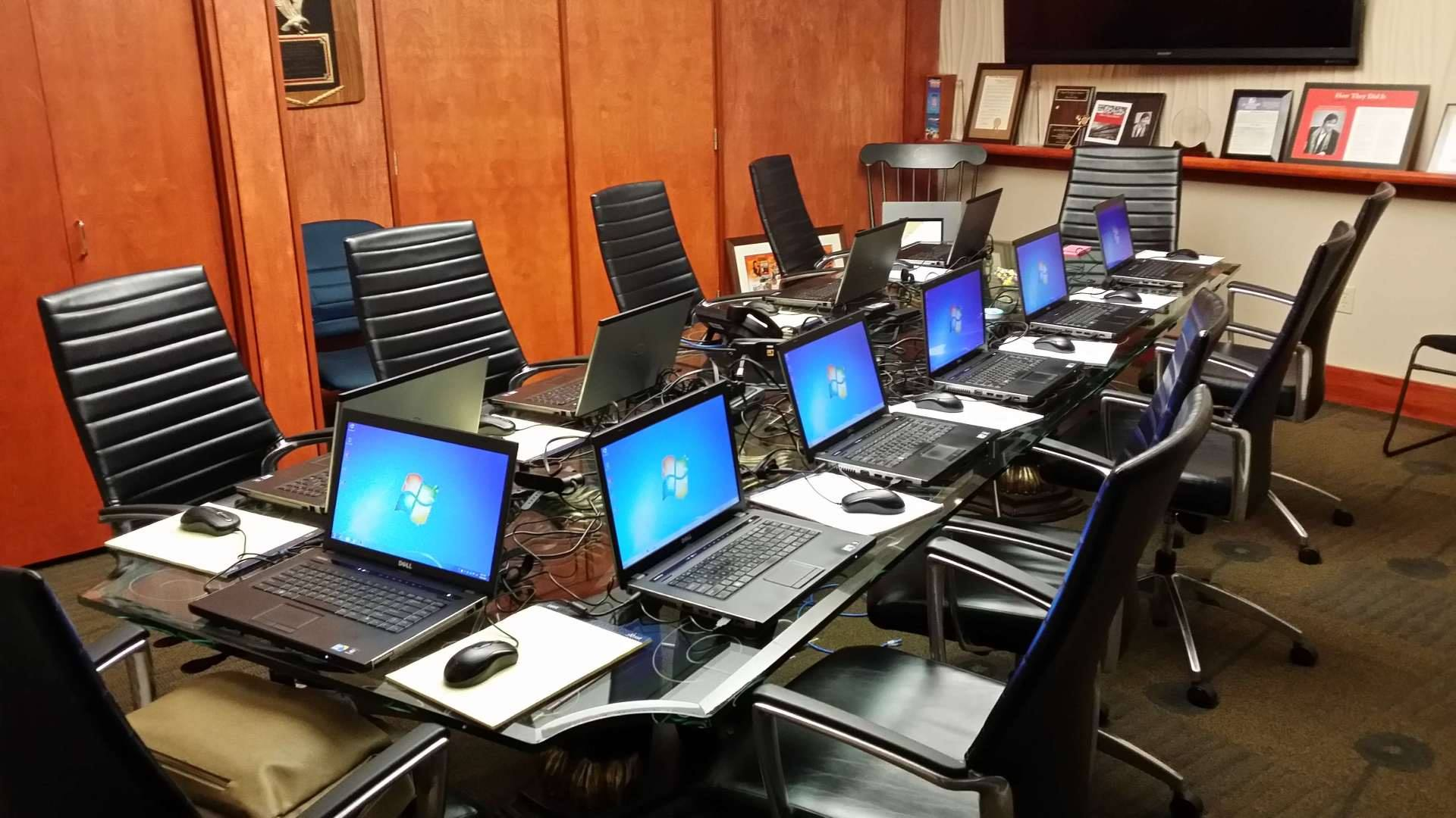 Computer  AV Rentals for Businesses  Events 8007368772