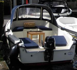 motorboat rental kaag