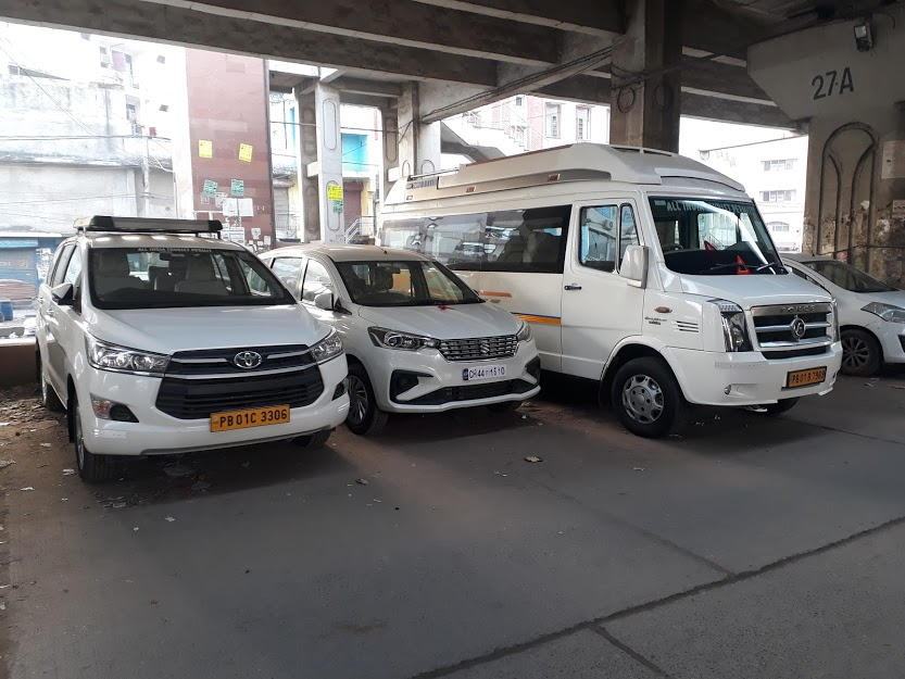 Delhi to Amritsar One-Way Taxi Service