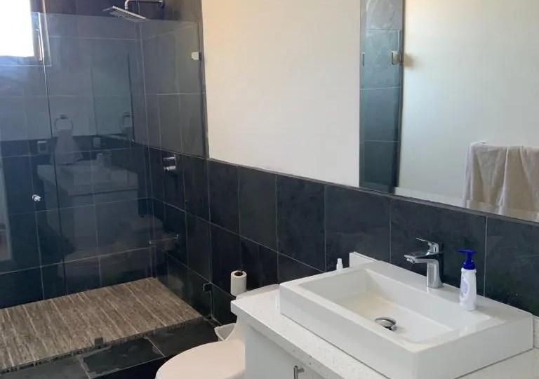 Bathroom of Cumbremar 2