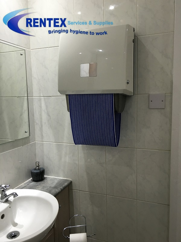Cabinet roller towels