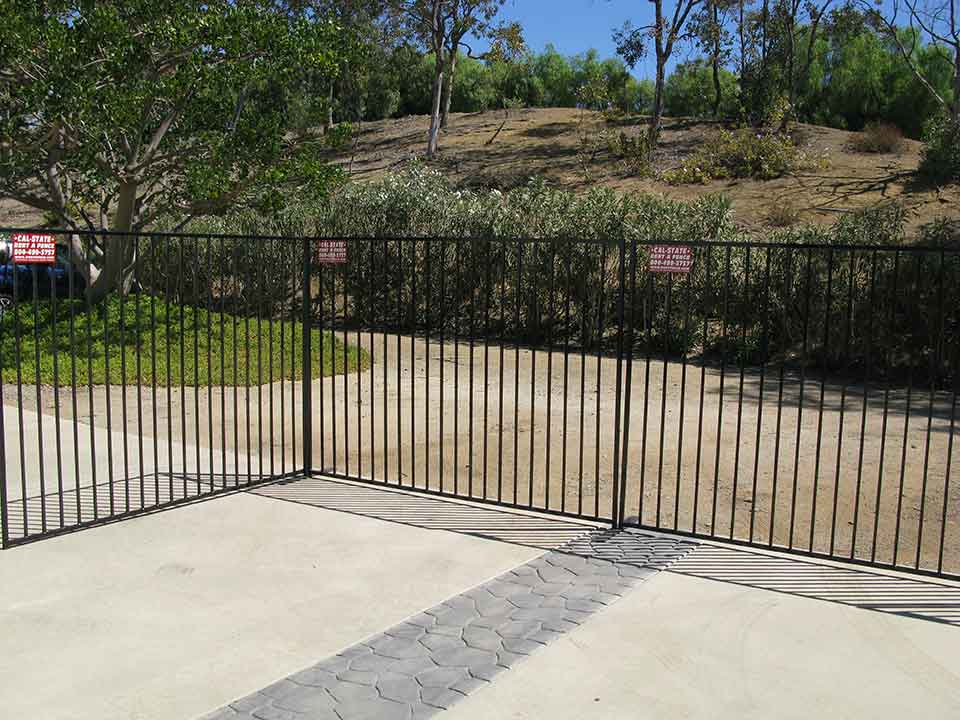Iron Fence Rental Service