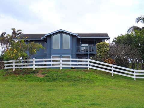 Makawao. Maui. Hawaii - Private lush 2 Acre Mountain Home Maui Permitted#STMP 2013-0001 many amenities