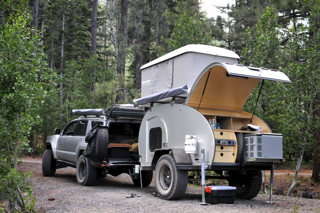 & Roof Top Tents | Off The Grid Rentals