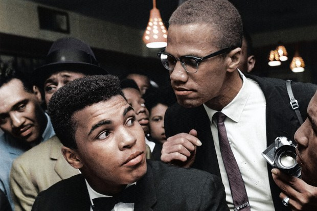 Malxolm X in Mohamed Ali, New York, 1963 (foto: BenAfleckIsAnOkActor/Reddit)