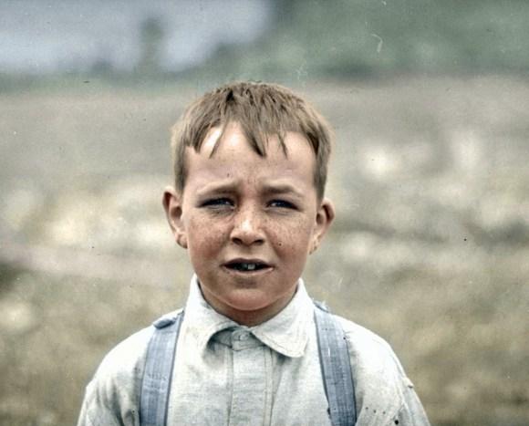 Osemletni delavec, Massachusetts, 1915 (foto: HansLucifer/Reddit)
