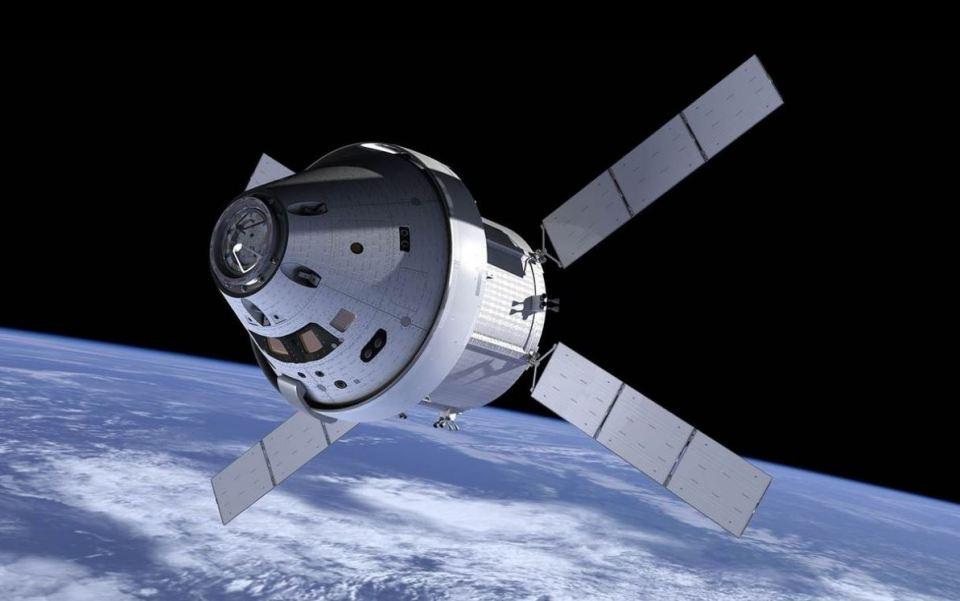 Orion, novo vesoljsko plovilo, s katerim naj bi po letu 2020 šli na Luno | NASA
