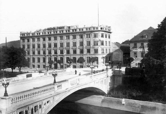 1925 - Jugoslovanska tiskarna (danes Pravna fakulteta) in Zmajski most