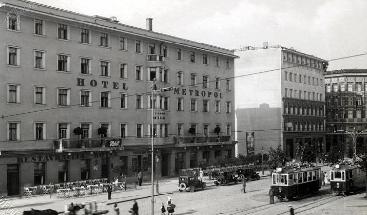 1936 - hotel Metropol z restavracijo in Grafika