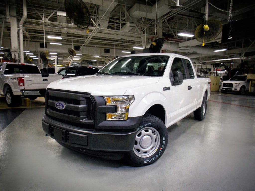 A SuperCab 2016 Ford F-150 is seen at a Claycomo, Mo. factory in 2015. (Provided by Ford)