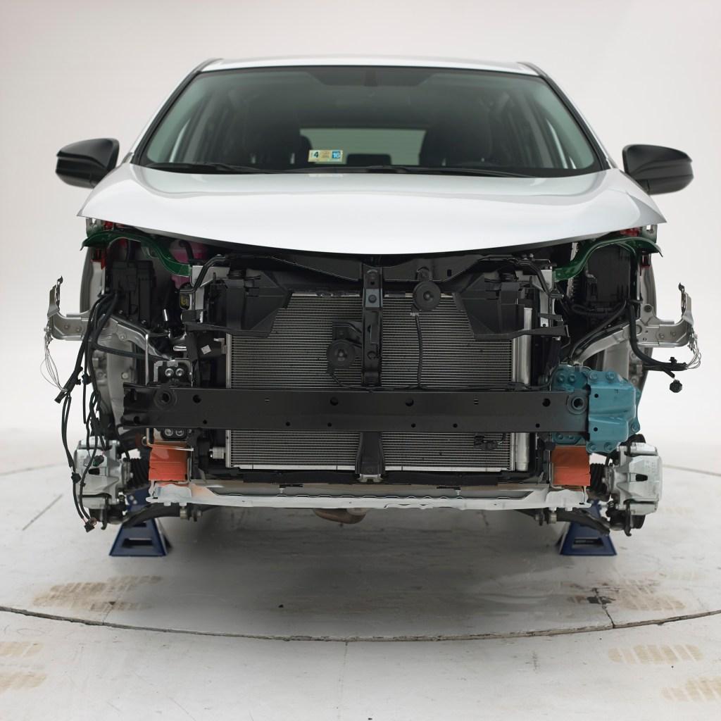 2015 Toyota RAV4 asymmetrical