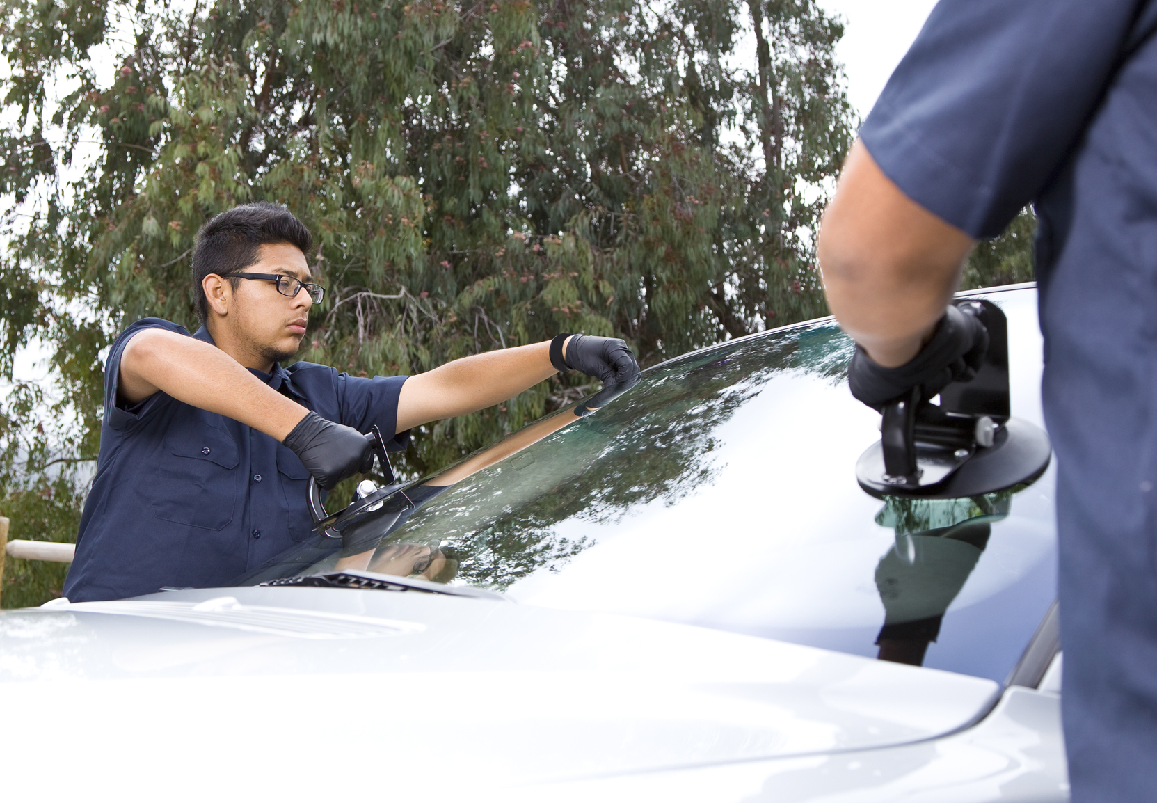 Image result for Auto Windshield Replacement Shop istock