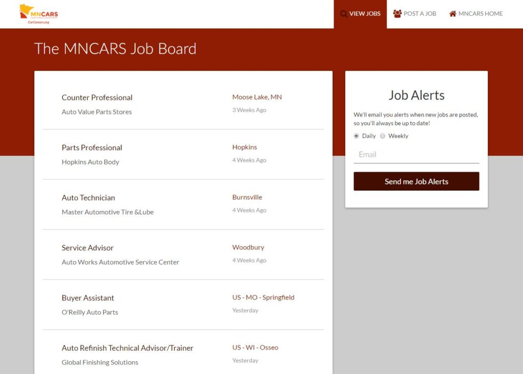 The new MNCARS job board is shown in this screenshot. (Screenshot from http://jobs.carcareers.org)