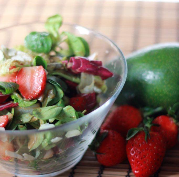 Δροσερή Σαλάτα με Φράουλες !