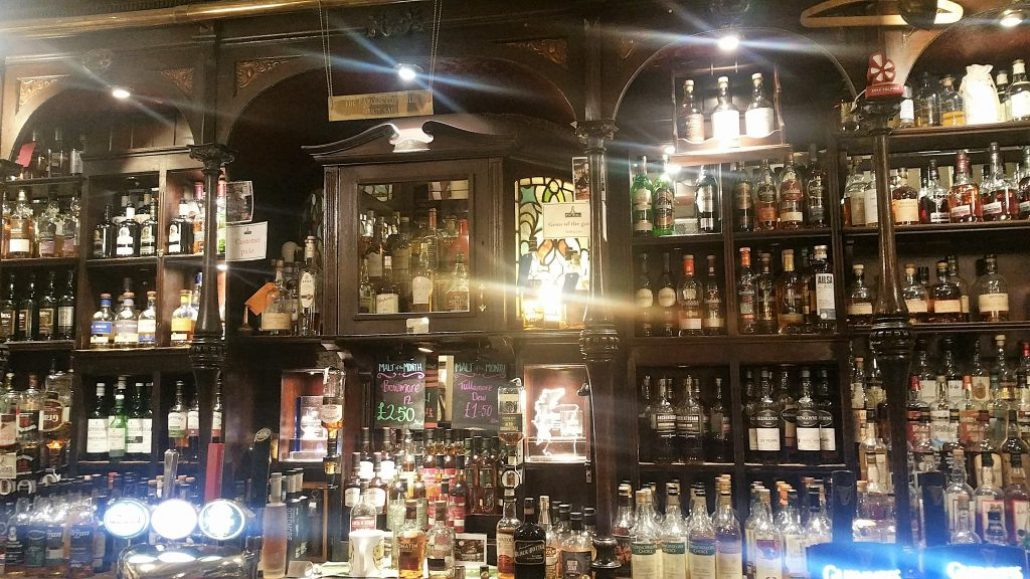 Glasgow, Scotland. Malt whisky, nightlife in Glasgow