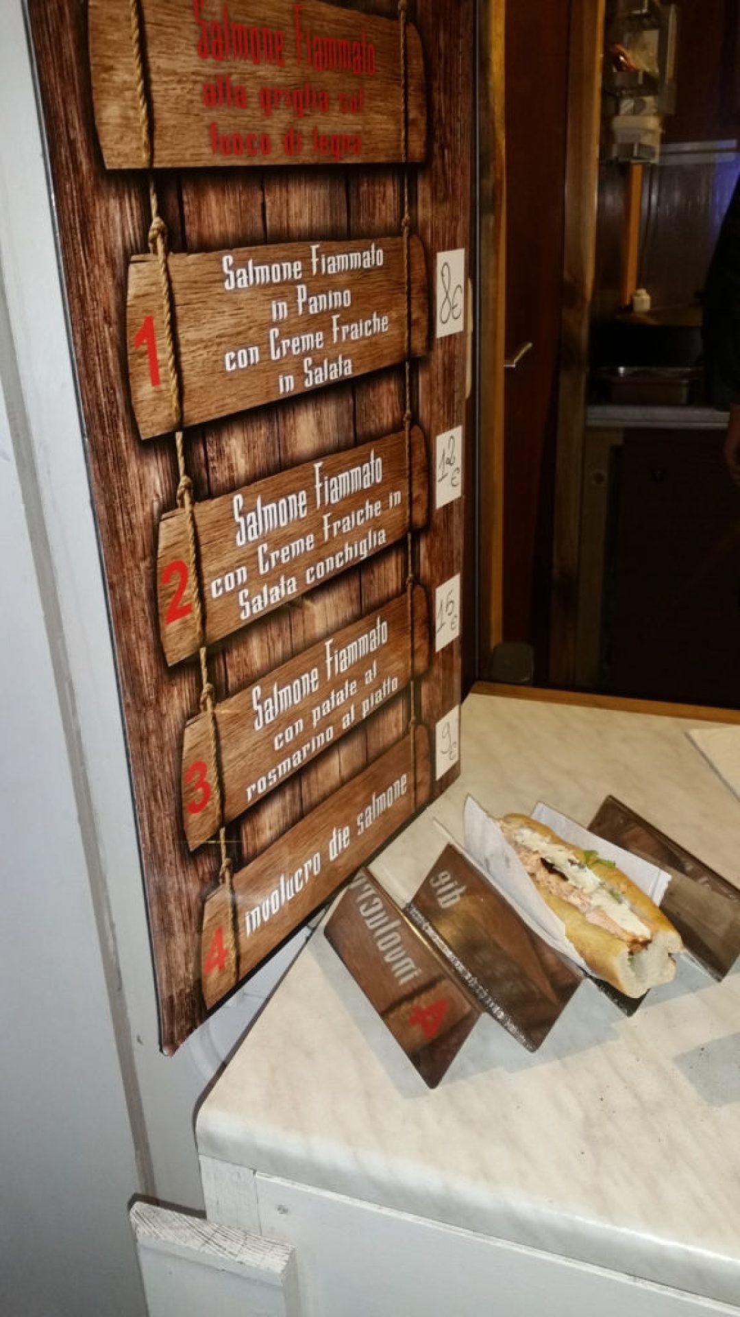 Σάντουιτς με σολωμό, sandwich with Salmon, Paris
