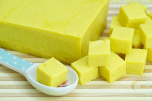 Image of diced Burmese tofu, also known as chickpea tofu