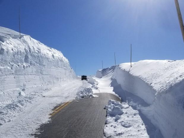 Trail Ridge Road snowplowing
