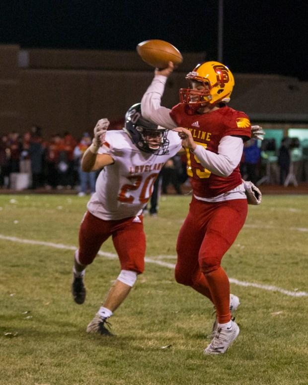 Skyline quarterback Chase Silva (15) get ...