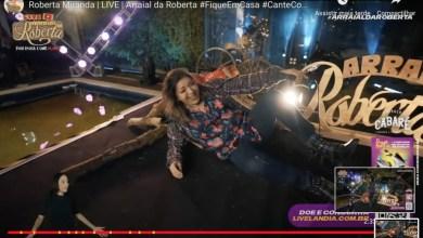 Photo of QUEDA AO VIVO! Roberta Miranda leva tombo ao sentar em cenário durante live; Assista!