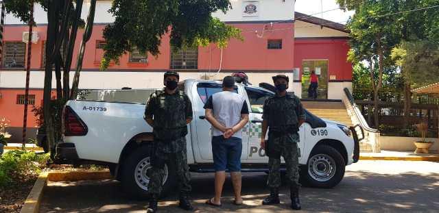 O condenado entre os Cabos PM Ambiental, Lima e Eduardo