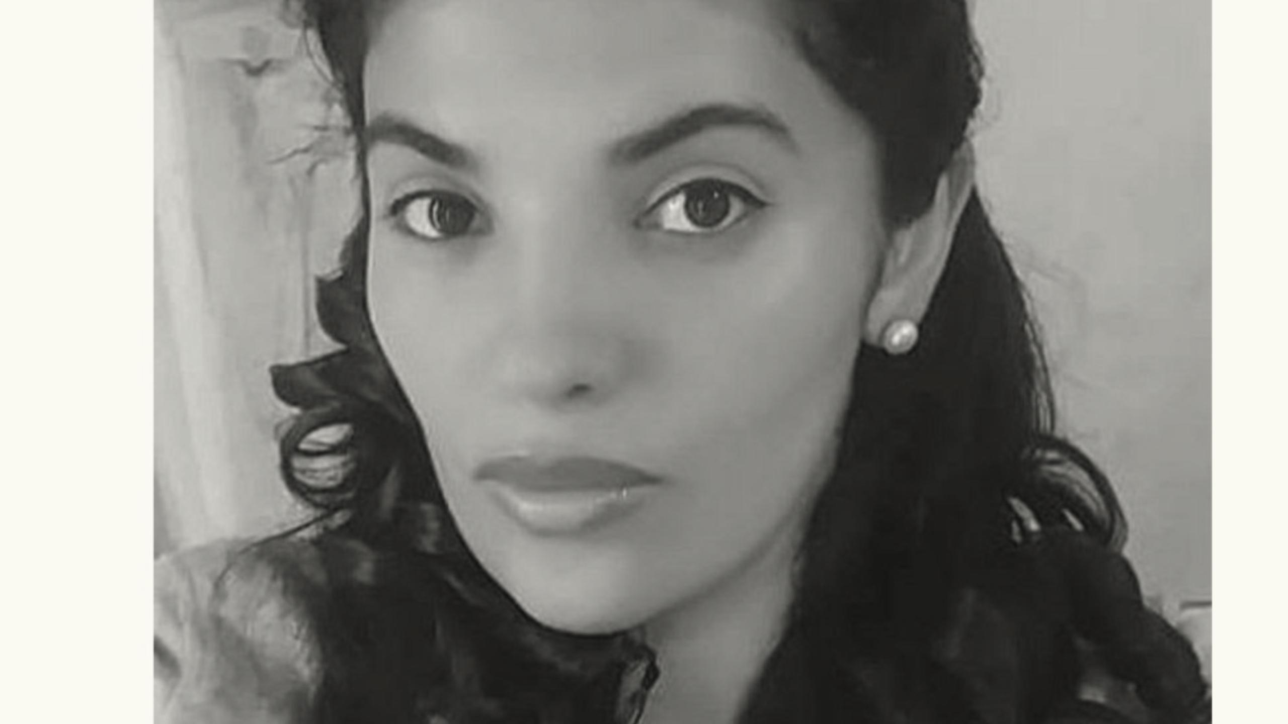 """La reportera de investigación Thirzia Galeas está encerrada desde el domingo 24 de mayo en el centro de detención de Stewart, en Atlanta, Estados Unidos, mejor conocido por los migrantes como la """"jaula del miedo""""."""