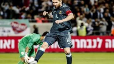 Messi Rescues Argentina Against Uruguay, 2-2