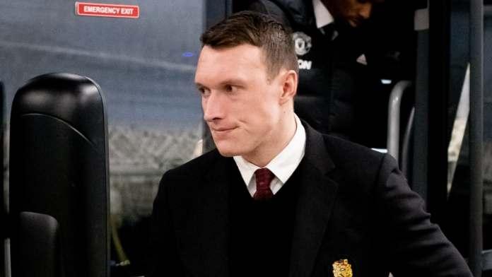Man Utd Set To Let Phil Jones Leave On A Free Transfer