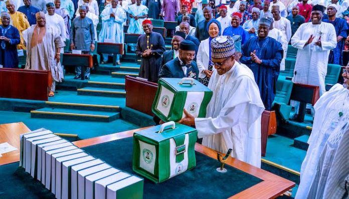 BREAKING: Buhari Presents N16.3Trn 2022 Budget Proposal To NASS