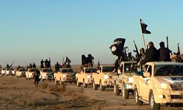 Luptători ISIS în celebrele mașini Toyota, despre care vorbește Ehud Barak