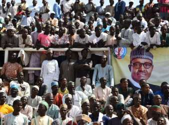 Stampede at President Muhammadu Buhari's APC rally leaves 5 people dead