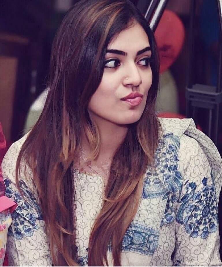 Rakul Preet Singh Cute Hd Wallpapers Nazriya Nazim Hot Photos Navel Pics New Hd Images