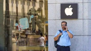 Apple has finally added new payment modes for Indian users (Bloomberg)