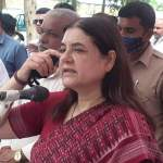 Sultanpur News: Maneka Gandhi said in Sultanpur - 'Half people did not vote for me after seeing my caste'