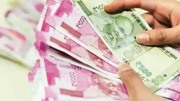 The Payment of Gratuity Act, 1972, was enacted to provide for gratuity payment to employees engaged in factories, mines, oilfields, plantations, ports, railway companies, shops or other establishments. (Photo: Mint)