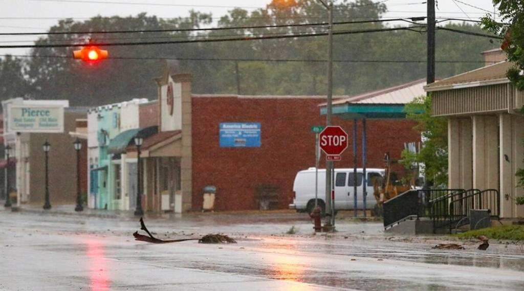 Hurricane Nicholas weakens into tropical storm, battering Texas, Louisiana with rain