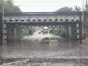 UP rain alert: UP rains reminded Delhi... Underpass submerged in Kanpur, DM's order in Lucknow - don't leave the house