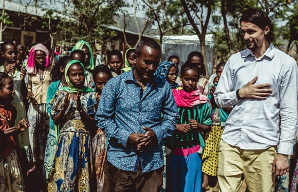 Neven Subotić, fudbaler sa misijom u Etiopiji (VIDEO)