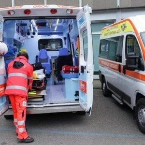 Bari, 43enne muore sbalzato dall'auto dopo uno scontro su viale Giovanni XXIII