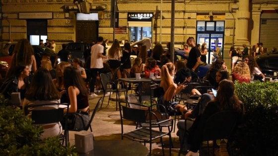 Bari Stop Ai Tavolini Esterni Per I Locali In Largo Adua