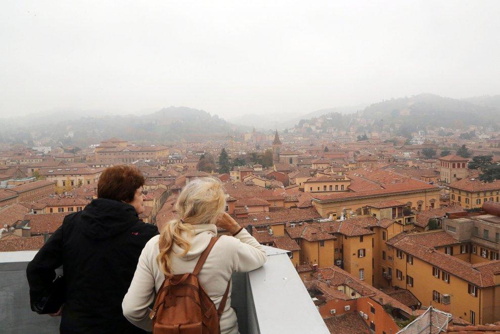 Vista da qui  ancora pi bella Bologna dalla terrazza di San Petronio  1 di 1  Bologna