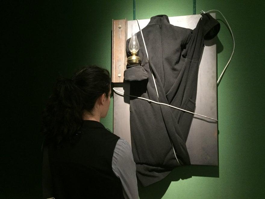 """Risultati immagini per Capolavori in mostra, a Villa Bardini arriva """"Nero su Nero. Da Fontana e Kounellis a Galliani"""""""