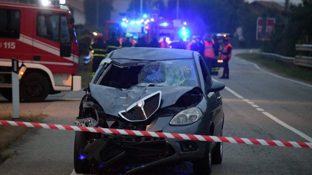 medium resolution of monza two 30 year old overwhelmed and killed by a car a third young person is unhurt
